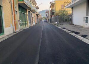 lavori strade3 300x215 CASAPULLA, LAVORI DI RIFACIMENTO DI STRADE COMUNALI