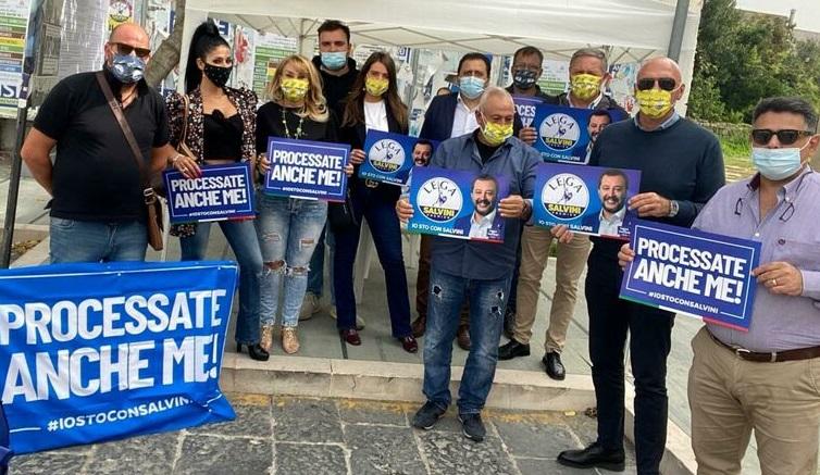 """%name LA LEGA DELLA PROVINCIA DI CASERTA IN PIAZZA IN SOSTEGNO DI MATTEO SALVINI: """"PROCESSATE ANCHE ME""""!"""