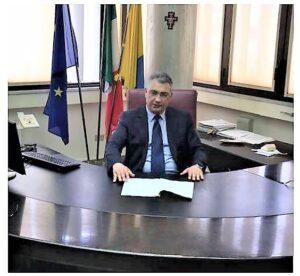 sindaco sasso 300x276 SESSA AURUNCA, APPELLO DEL SINDACO SASSO AL CONSIGLIO: NON COMMISSARIATE IL COMUNE