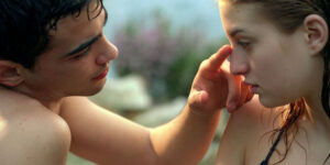"""%name """"MELISSA P."""": LA DISPERAZIONE DI UN'ADOLESCENTE OSSESSIONATA DALL'AMORE"""