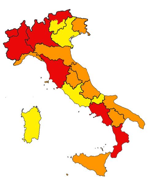 ItaliaM CAMPANIA IN ZONA ROSSA DA DOMENICA
