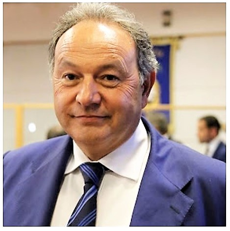 Il Presidente del Consiglio Regionale dott. Gennaro Oliviero IL CENTROSINISTRA HA SCELTO IL PROPRIO CANDIDATO