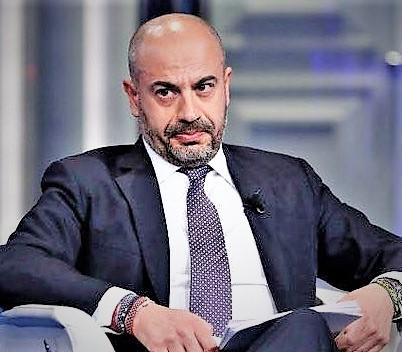 """Paragone INTERVISTA AL SENATORE GIANLUIGI PARAGONE, LEADER DI ITALEXIT: """"IL MES È UN VELENO MORTALE"""""""