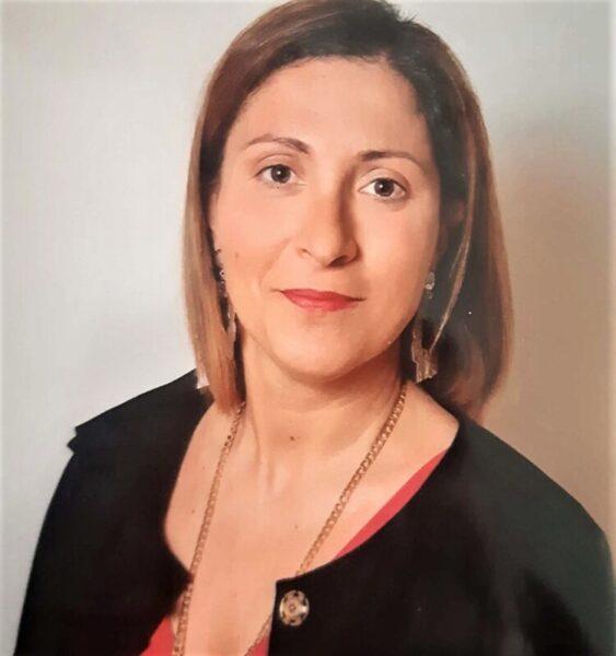 Marialaura Buro assessore ai Servizi Sociali scaled CASAPULLA, RIPRENDE LA DIDATTICA IN PRESENZA: ATTIVATO IL SERVIZIO DI ASSISTENZA MATERIALE