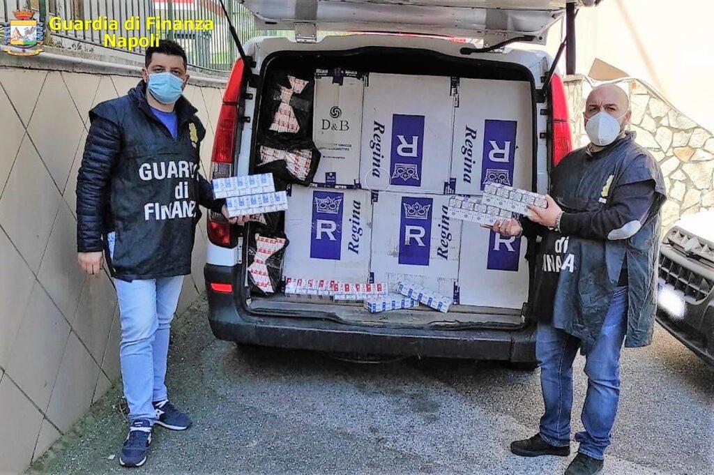 foto 1 1024x681 NAPOLI, LA GdF SEQUESTRA 6 QUINTALI DI SIGARETTE: ARRESTATI 4 CONTRABBANDIERI, SANZIONATI ANCHE PER VIOLAZIONI ANTICOVID