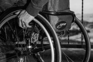 wheelchair 749985low 300x200 SEQUESTRO DI 55MILA EURO A FALSO INVALIDO
