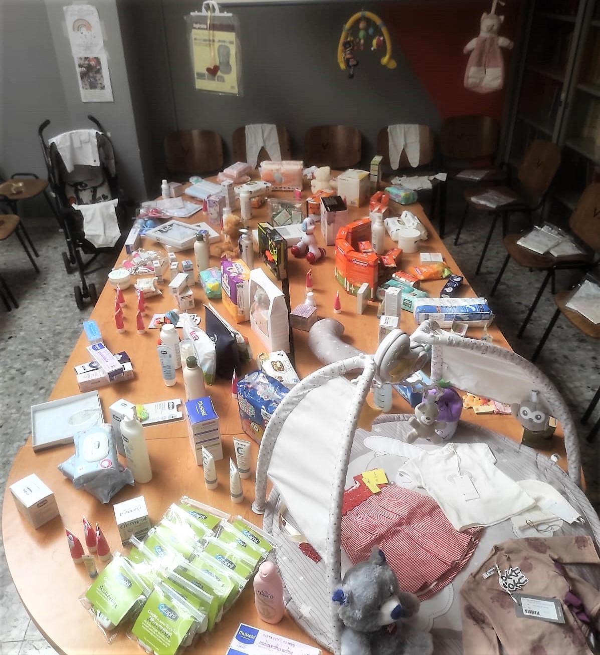 Festa della mamma stanza della solidarietà POLICLINICO VANVITELLI, INAUGURATA LA STANZA DELLA SOLIDARIETÀ