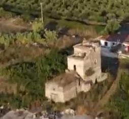 Torre San Limato SESSA AURUNCA, BALNEARI E VACANZIERI ABBANDONATI…INCURIA E LADRI SI SOMMANO AI DISAGI DELLA PANDEMIA