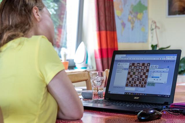 giocare online 4 TIPI DI GIOCHI CHE ORMAI SI POSSONO TROVARE ONLINE