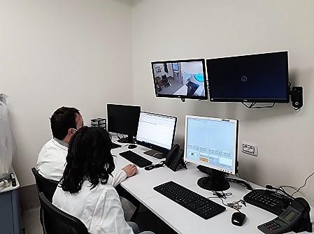 sala monitor 1 OSPEDALE VANVITELLI RINNOVA IL REPARTO RADIOTERAPIA ONCOLOGICA