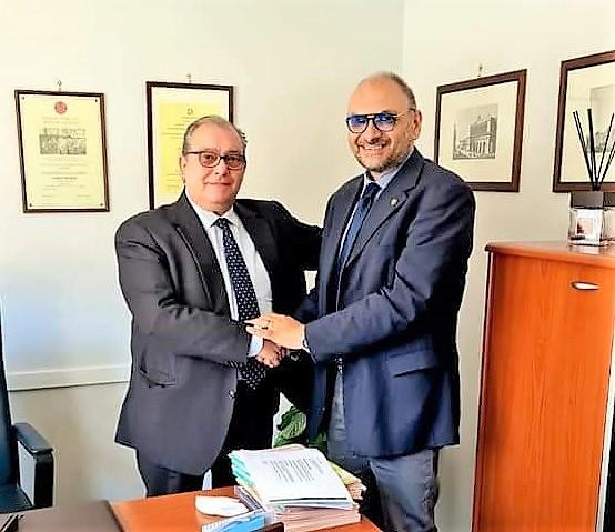 Salvatore Galiero e Giuseppe Alviti IL PCI NAPOLI NOMINA IL RAUTIANO PENTITO ALVITI DIRIGENTE DEL PARTITO