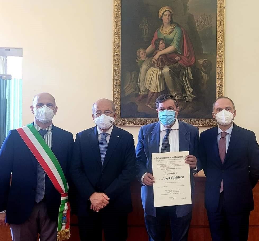 """Foto EMERGENZA COVID, AORN DI CASERTA: TRE ONORIFICENZE DELL'ORDINE """"AL MERITO DELLA REPUBBLICA ITALIANA"""""""