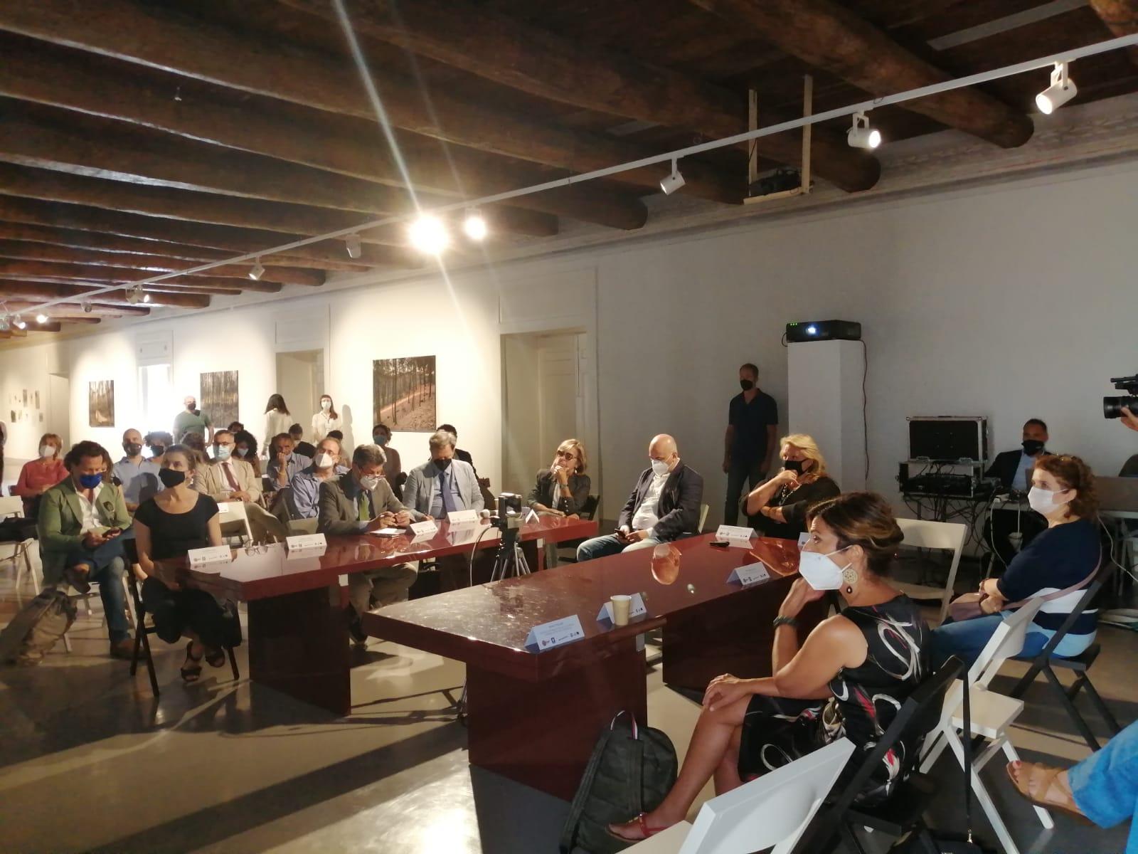 %name NAPOLI CAPITALE DELLA COMUNITÀ INTERNAZIONALE PER LA DIDATTICA E LA FRUIZIONE DELL'ARTE