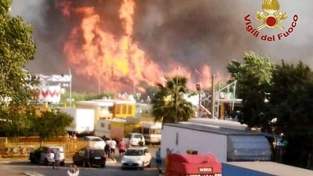 incendio campomarino 2 MOLISE, VASTO INCENDIO A CAMPOMARINO: LINTERVENTO DI OCCHIONERO (Iv)