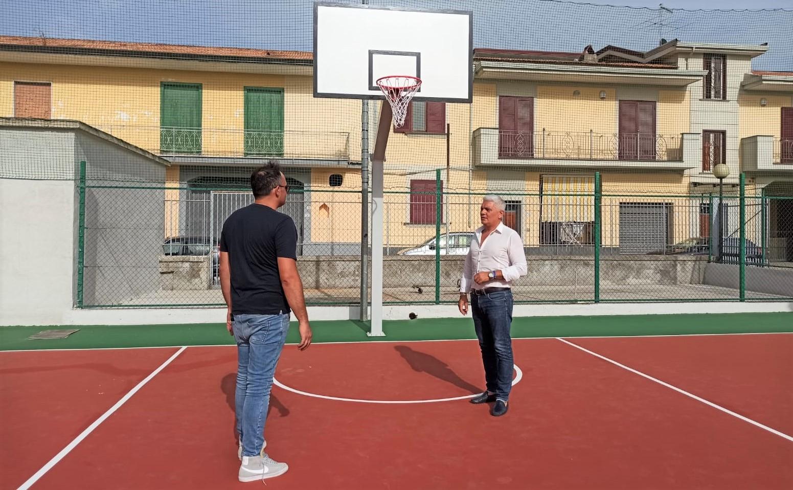 playground assessore tartaglione MARCIANISE, RECUPERO CAMPO DI BASKET: TERMINATI I LAVORI